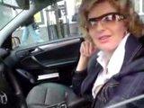 """Sauliaus Chadasevičiaus/15min.lt nuotr./Juodojo """"Mercedes"""" vairuotoja."""