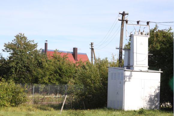 Šiuo metu sodų bendrijos tapo kone gyvenvietėmis, tad čia gyvenantiems žmonėms pristinga elektros galios, nes anksčiau statyti energetikos objektai buvo pritaikyti nedideliems sodininkų poreikiams.