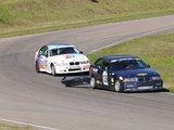 """A.Brazaičio nuotr./Nugalėti """"BMW taurės"""" varžybose D.Čiutelei nesutrukdė net ir nuplyšęs galinis jo BMW 318 automobilio """"bamperis"""""""
