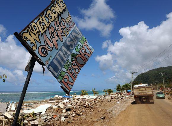 Pakrantės griuvėsiai po cunamio Samoa salyne