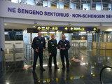VSAT nuotr./Vokiečių pasieniečiai Vilniaus oro uoste