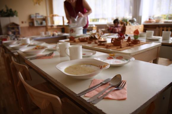 Šiemet dėl švietimo įstaigų valgyklų maisto gauta daugiau nusiskundimų, nei pernai.