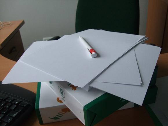 Pastaruoju metu Klaipėdos savivaldybėje nebeišgalima nupirkti net darbams reikalingo popieriaus.
