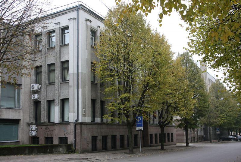 Kauno apskrities viršininko administracijai priklausančias patalpas siūloma perleisti Kauno miesto ir rajono savivaldybėms bei ugniagesiams.