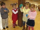 Etnokultūro centro nuotr./Etnokultūros centre vaikučių lauks linkmybės.