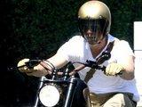 """""""Scanpix"""" nuotr./Bradas Pittas ir jo motociklas"""