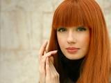 """""""Lily of France"""" nuotr./Renkantis drabužį svarbi ir plaukų bei odos spalva."""