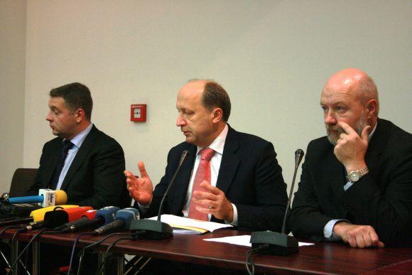 Klaipėdoje viešėję ministrai daugiausiai dėmesio skyrė uosto problemoms.