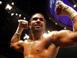 AFP/Scanpix nuotr./Naujuoju pasaulio sunkaus svorio bokso čempionu pagal WBA versiją tapęs britas D.Haye už rusą N.Valujevą aeatadienį Vokietijoje vykusioje dvikovoje buvo nepalyginamai vikresnis ir varžovą nugalėjo taakais
