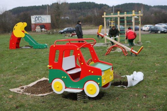 Vilniuje atsirado nauja žaidimų aikštelė vaikams.