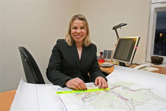 Pasak E.Rimšaitės, miesto savivaldybei neskiriant pakankamai lėšų informacijos sklaidai apie Kauno regioną bei investavimo jame galimybes užsienio kompanijos paprasčiausiai nelabai ką težino.