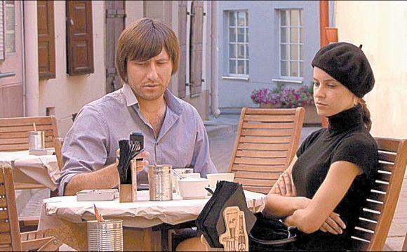 Darius ir Giedrė (aktorė M.Korenkaitė ir režisierius I.Miškinis) galų gale suvokia, kad negali vienas be kito.