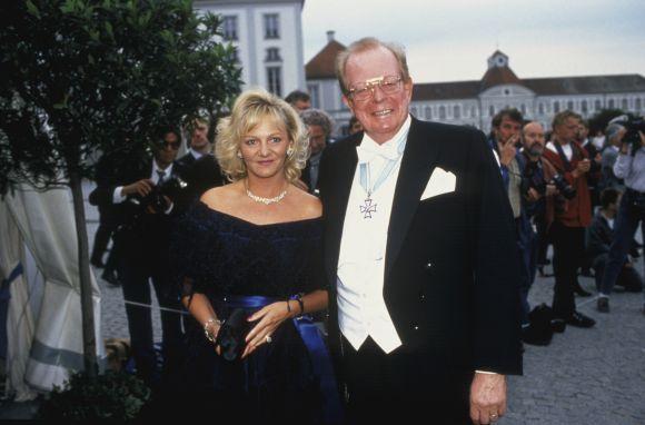 Friedrichas-Karlas Flickas su žmona Ingrid