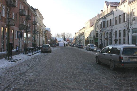 G.Kubiliūtės nuotr./Penktadienį jomarkas užėmė tik pusę Turgaus gatvės.