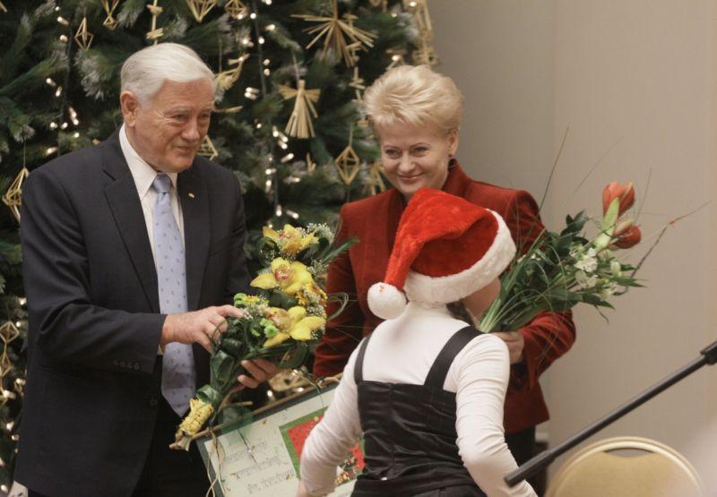 Prezidentūroje surengta A.Adamkienės paramos ir labdaros fondo Kalėdinė šventė.