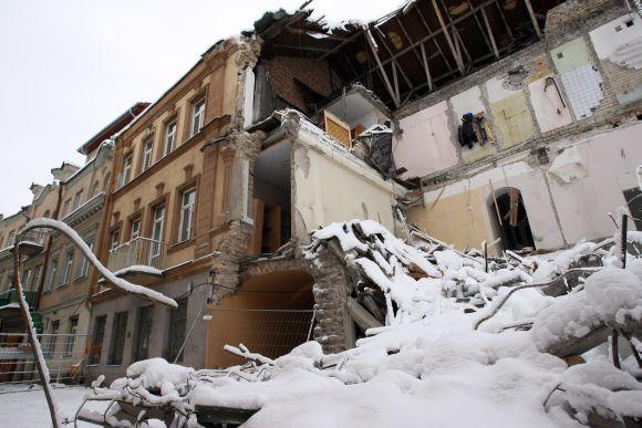 Sugriuvęs namas Vilniaus senamiestyje