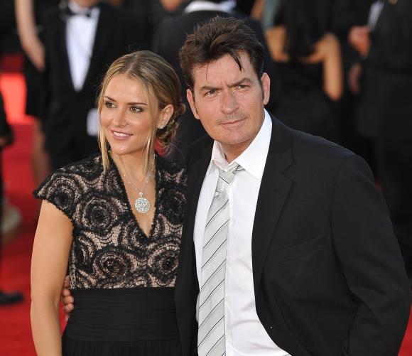 Charlie Sheenas su žmona Brooke Mueller