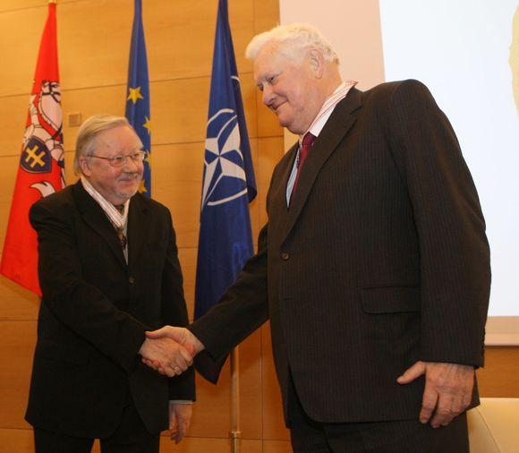 Vytautas Landsbergis ir Algirdas Mykolas Brazauskas pasvekino vienas kitą