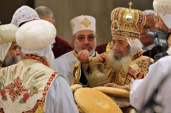 Krikščionys, daugiausiai koptai, sudaro apie 10 proc. Egipto gyventojų.