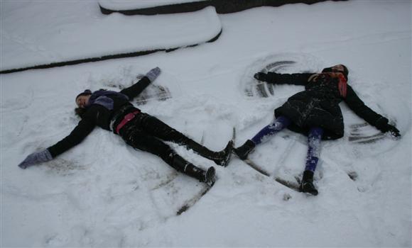 Sniego angelai