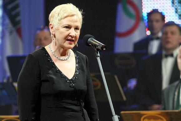 Seimo pirmininkė Irena Degutienė pasveikino sportininkus