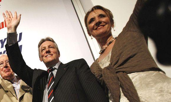 Iris Robinson su savo vyru