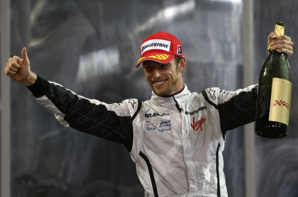 J.Buttono iššūkis - įveikti M.Schumacherį