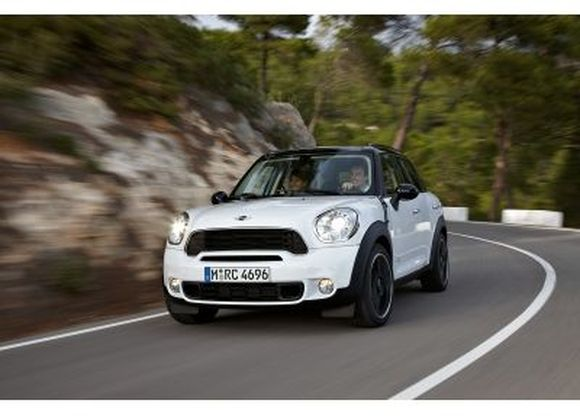 """MINI Countryman"""