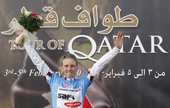 Akimirka iš dviratininkių lenktynių Katare