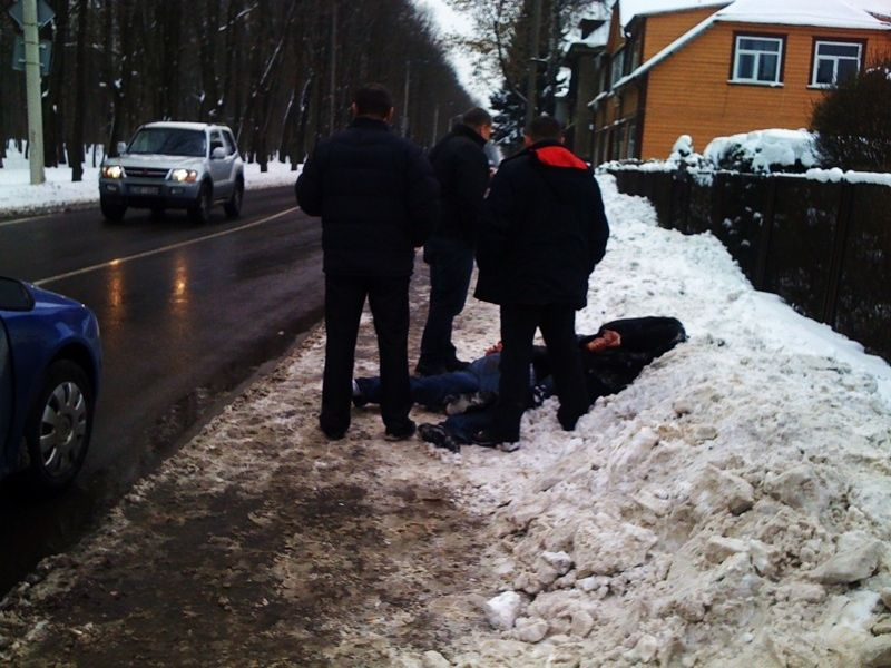 Ketvirtadienį Kaune, Vydūno alėjoje, pareigūnai sulaikė tris kišenvagius.