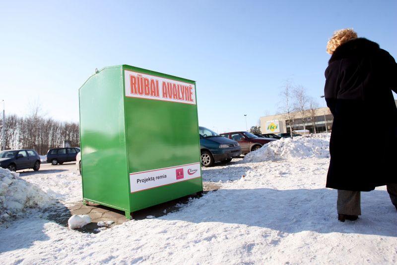 Specialus konteineris rūbams ir avalynei