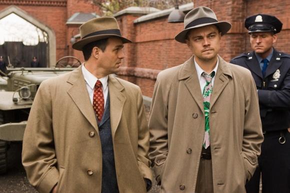 Leonardas DiCaprio (dešinėje)