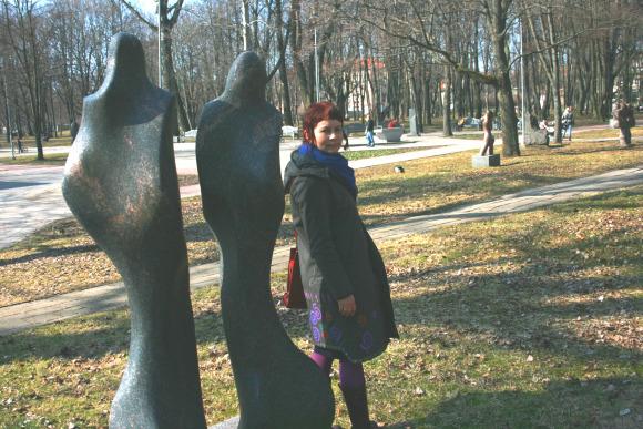 Skulptūrų parko vedėjos S.Simanaitienės teigimu, šiltuoju sezonu parke bus galima ir pasportuoti, ir pažaisti šachmatais.