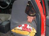 VSAT nuotr./Cigaretės bėglių automobilyje