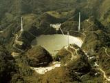 wikimedia.org/Aresibo radioteleskopas Puerto Rike