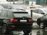 Skaitytojo Andriaus nuotr./BMW neįgaliųjų vietoje