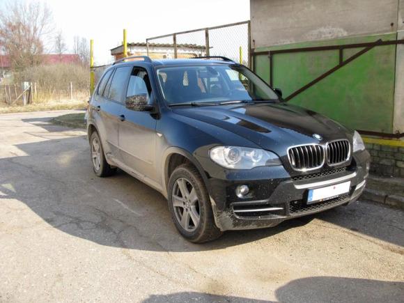 Operacijos metu sulaikytas automobilis BMW.