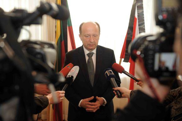 Lietuvos delegacija pagerbė L.Kaczynskio atminimą