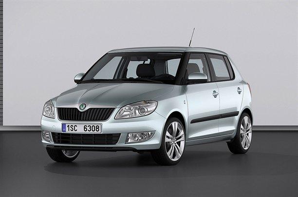 """Atnaujintas """"Škoda Fabia"""" – makiažas ir nauji varikliai"""