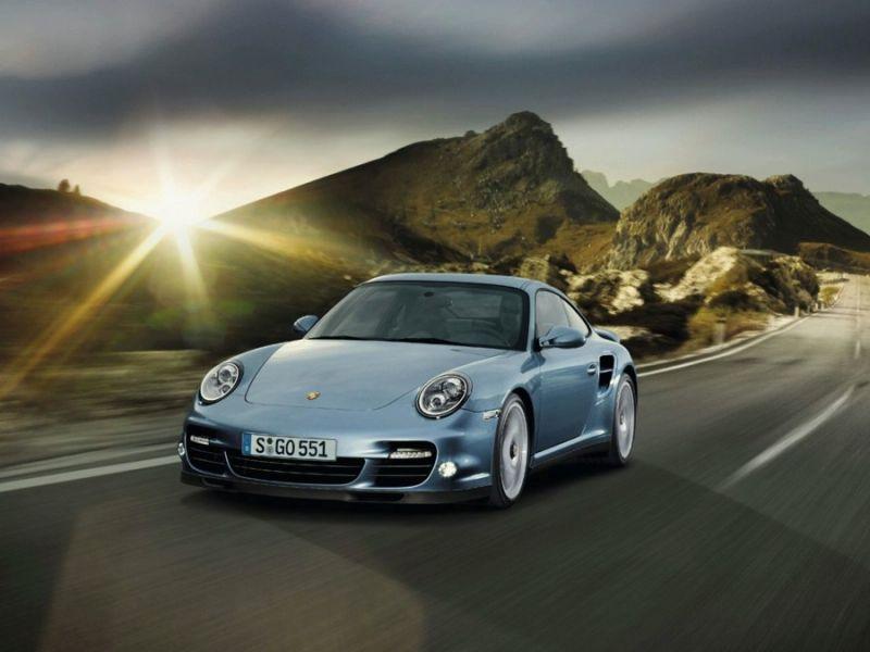 """""""Porsche 911 Turbo S"""" – galingiausias """"911 Turbo"""" istorijoje"""