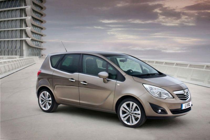 """Naujoji """"Opel Meriva"""" - peilio ašmenų vienatūris"""