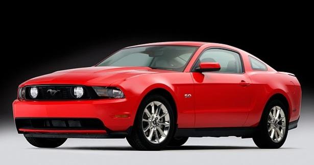 """Atnaujintame """"Ford Mustang GT"""" – galingesnis motoras"""