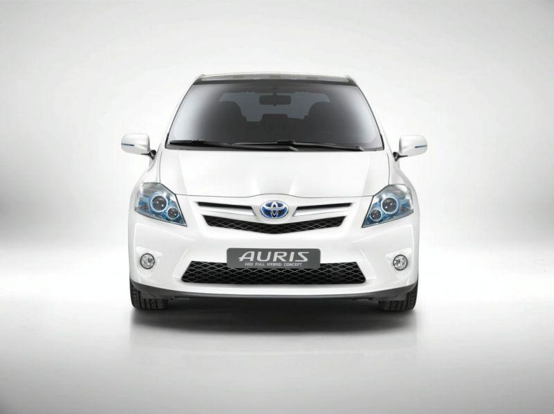 """""""Toyota Auris HSD Full Hybrid"""" koncepcija – vienas iš japonų siurprizų"""