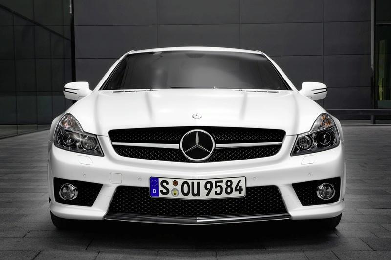 "Speciali ""Mercedes-Benz SL 63 AMG IWC"" versija"