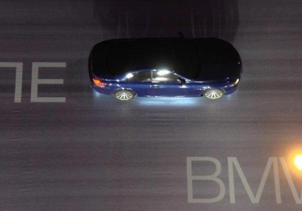 BMW M serijos reklaminė kampanija – turite pamatyti, kad patikėtumėte