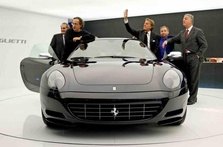 """Indų """"Tata"""" sieks įsigyti """"Ferrari"""" akcijų?"""