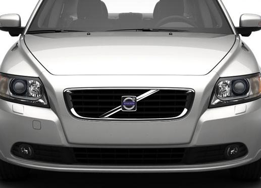 """""""Ford"""" parduos """"Volvo"""" jau šią vasarą?"""