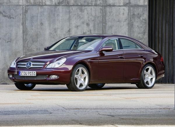 """Mercedes"" atnaujino CLS modelį"