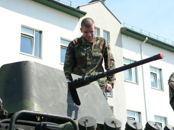 E.Toluaytės nuotr./Jaunimas susipažino su technika.
