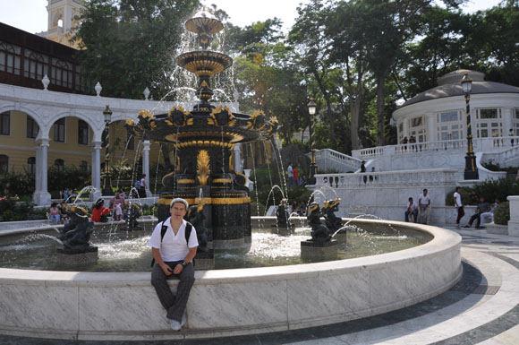 Asm. albumo nuotr./Deivis. Baku mieste apstu parkų, skverų, fontanų.